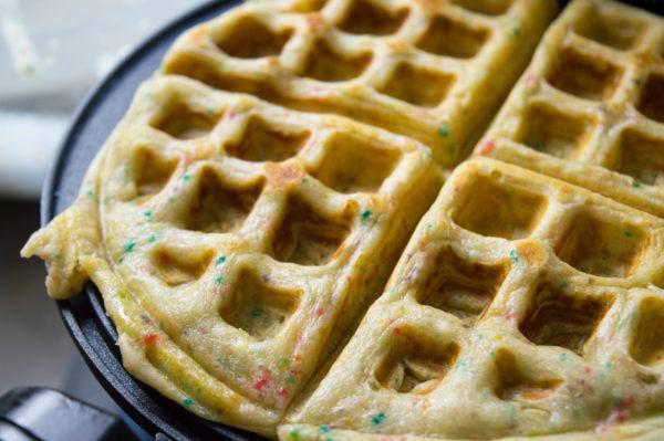 Saturday-Monday-Breakfast-Froot-Loops-Waffles-Atlanta-Blogger-4
